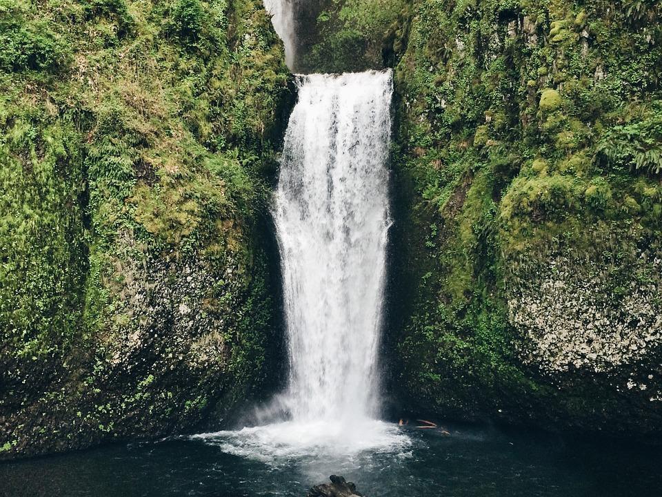 waterfall-792819_960_720